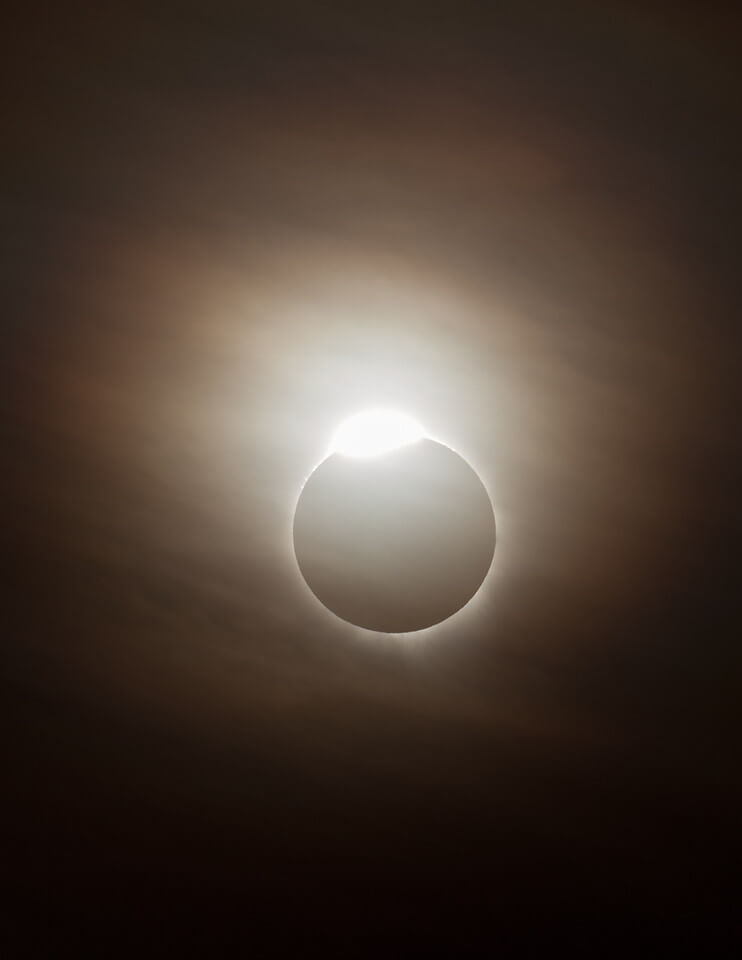 Diamond Ring 2 - Solar eclipse image by Phil Hart