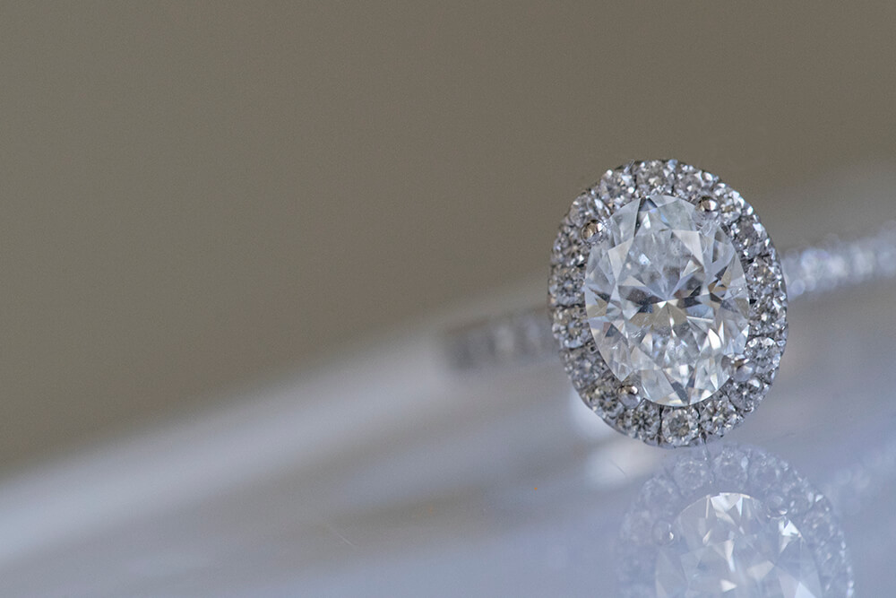 Diamond wedding ring photo by Canon Master Ryan Schembri