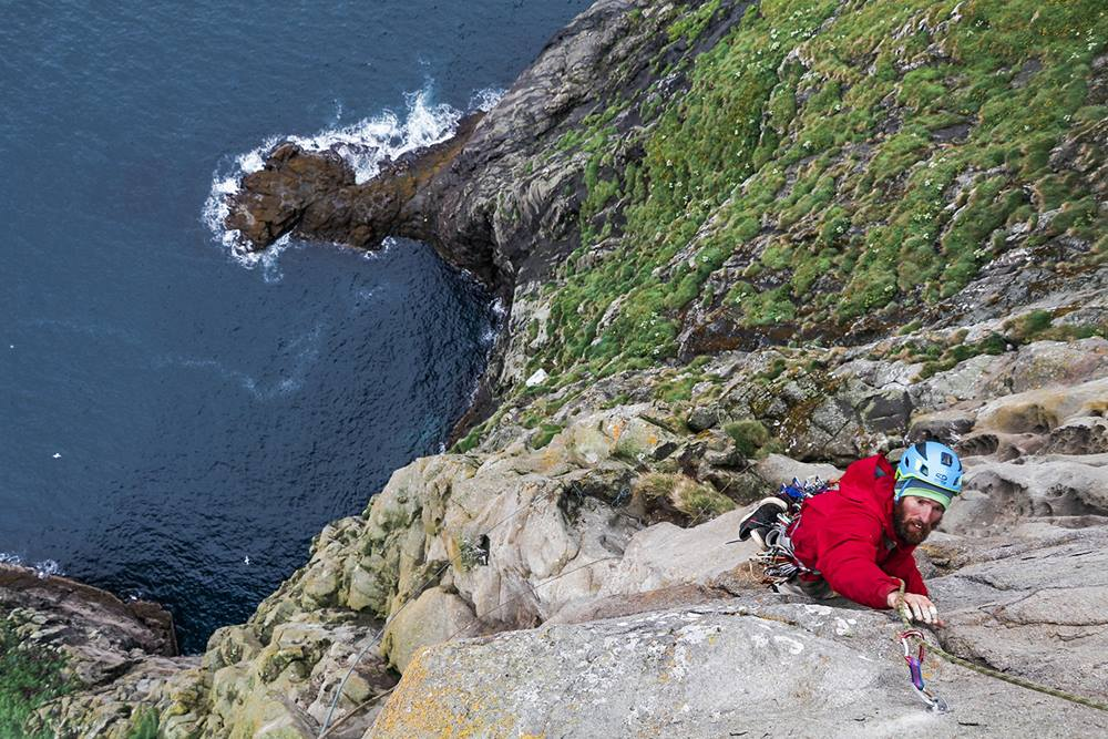 jase scaling cliff