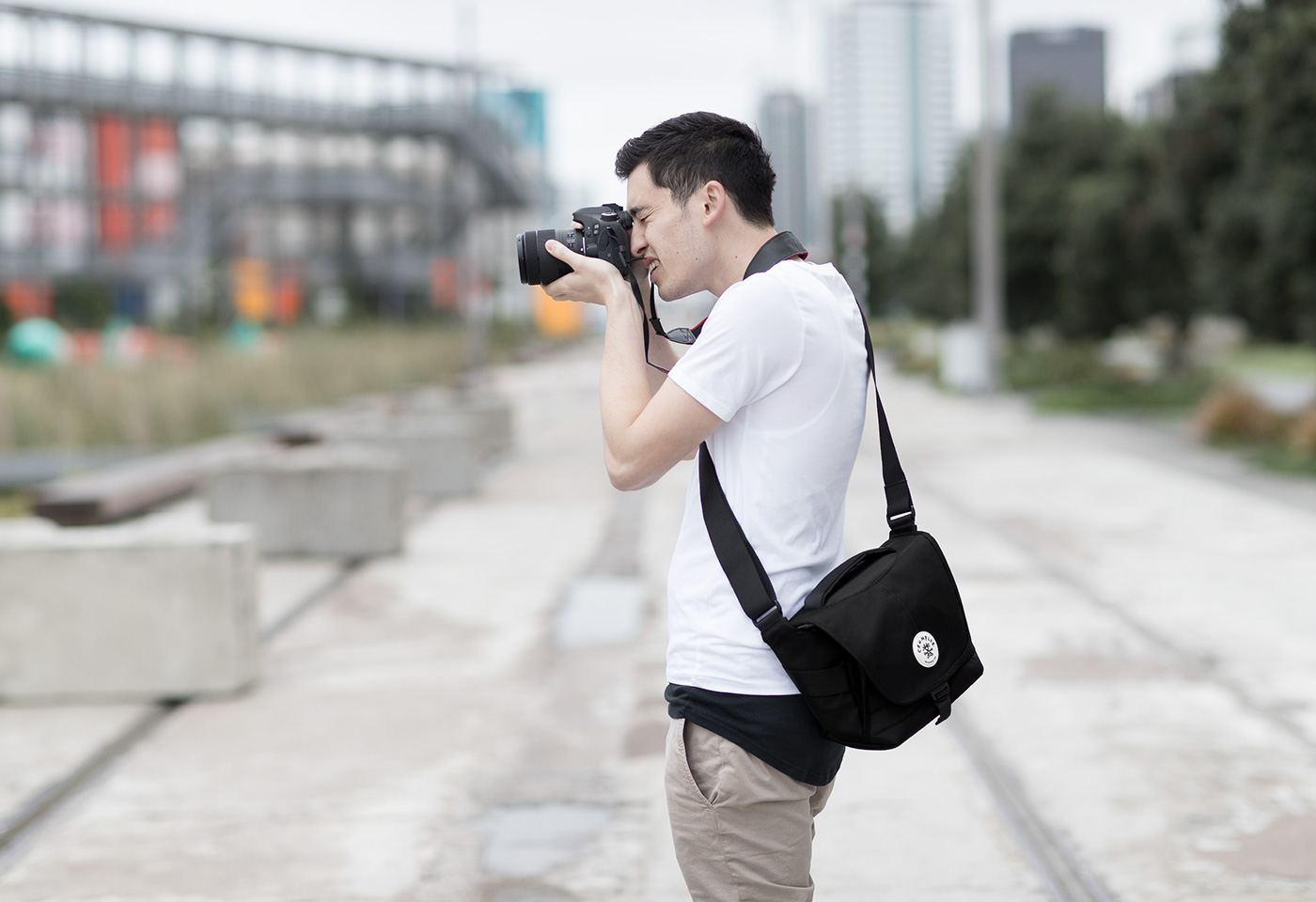 crumpler 43 photographer black bag